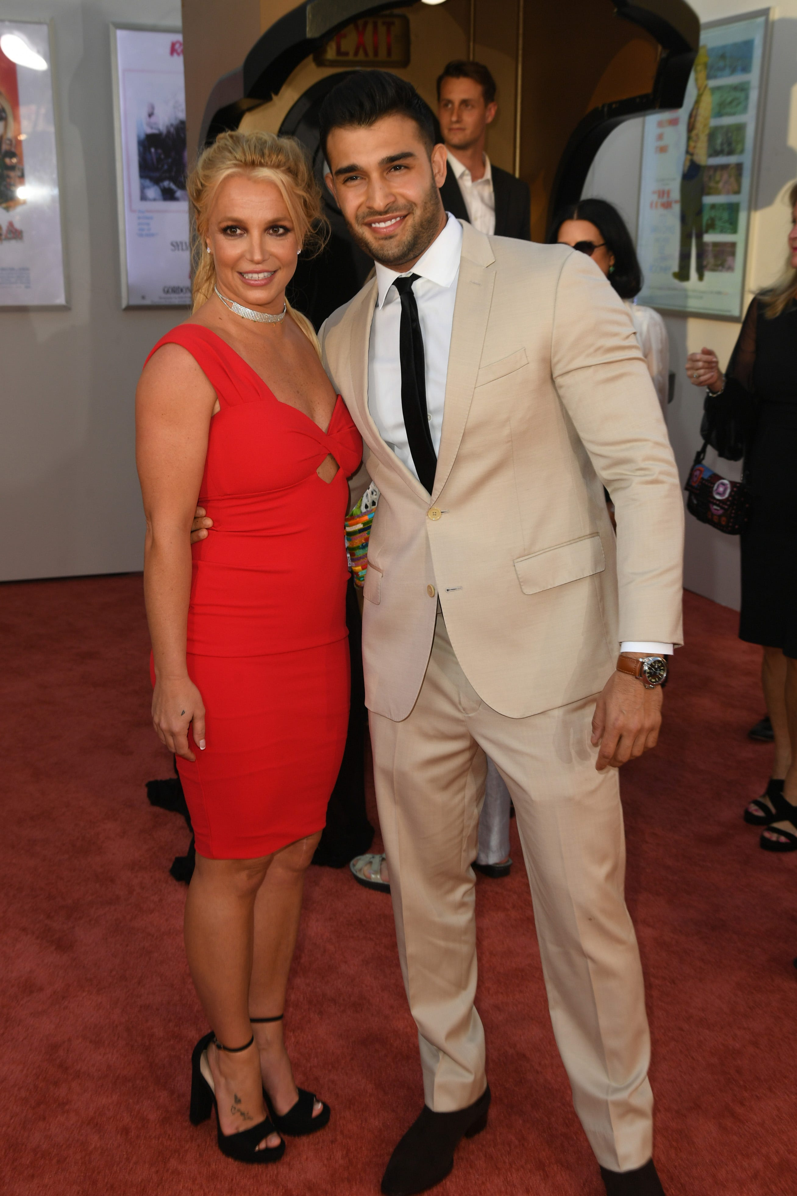 Britney Spears was advised to issue a marriage contract