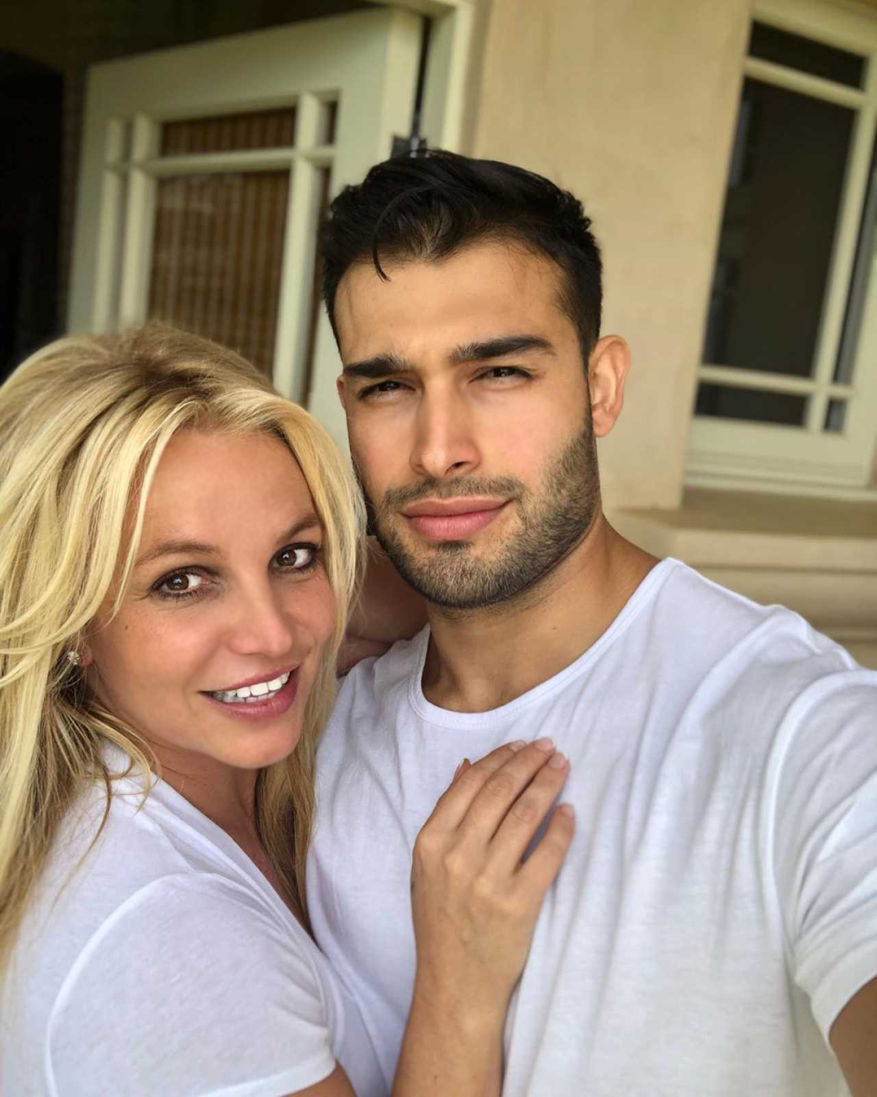 Бывший супруг Бритни Спирс сказал, что рад за нее