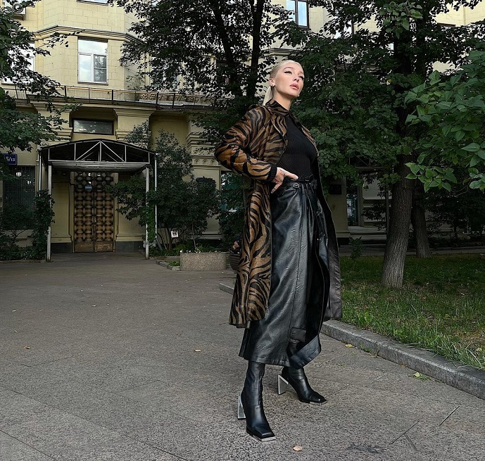 Nastya Ivleeva surrounded herself with a security company