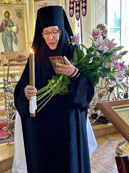 Екатерина Васильева прокомментировала свой уход в монастырь