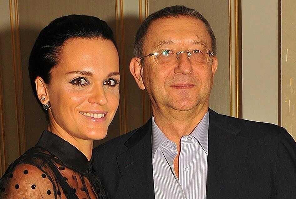 «Прыгать так, что сиськи в разные стороны разлетаются»: певица Слава посетовала на скучный секс с гражданским мужем