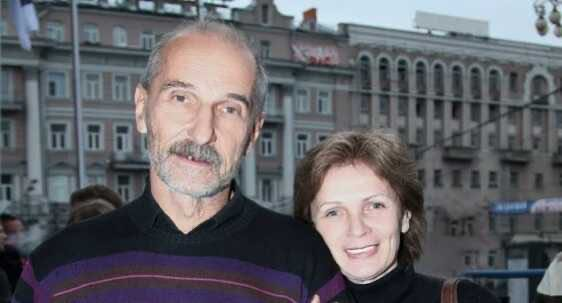 The widow of Peter Mamonov from lack of money put up for sale his things
