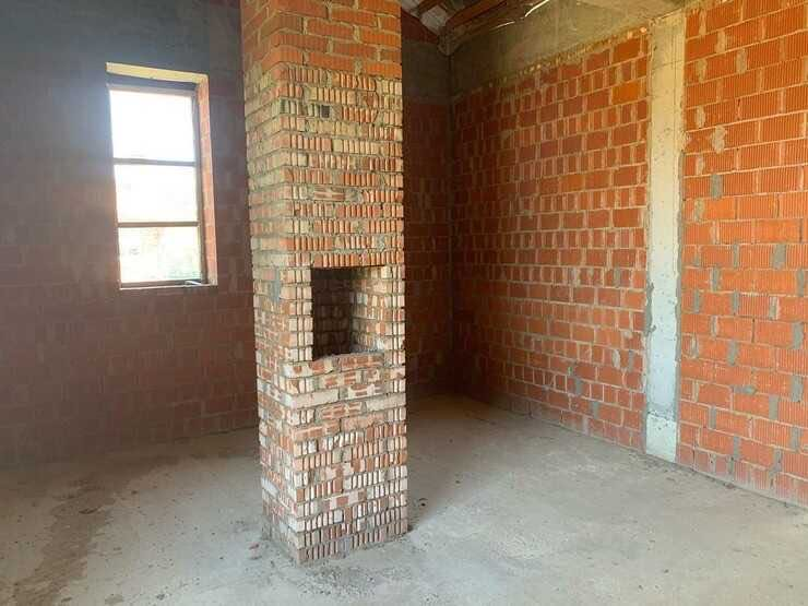 «Сумасшедший»: Влад Кадони продал обустроенную квартиру в Москве и взял в ипотеку недостроенный дом