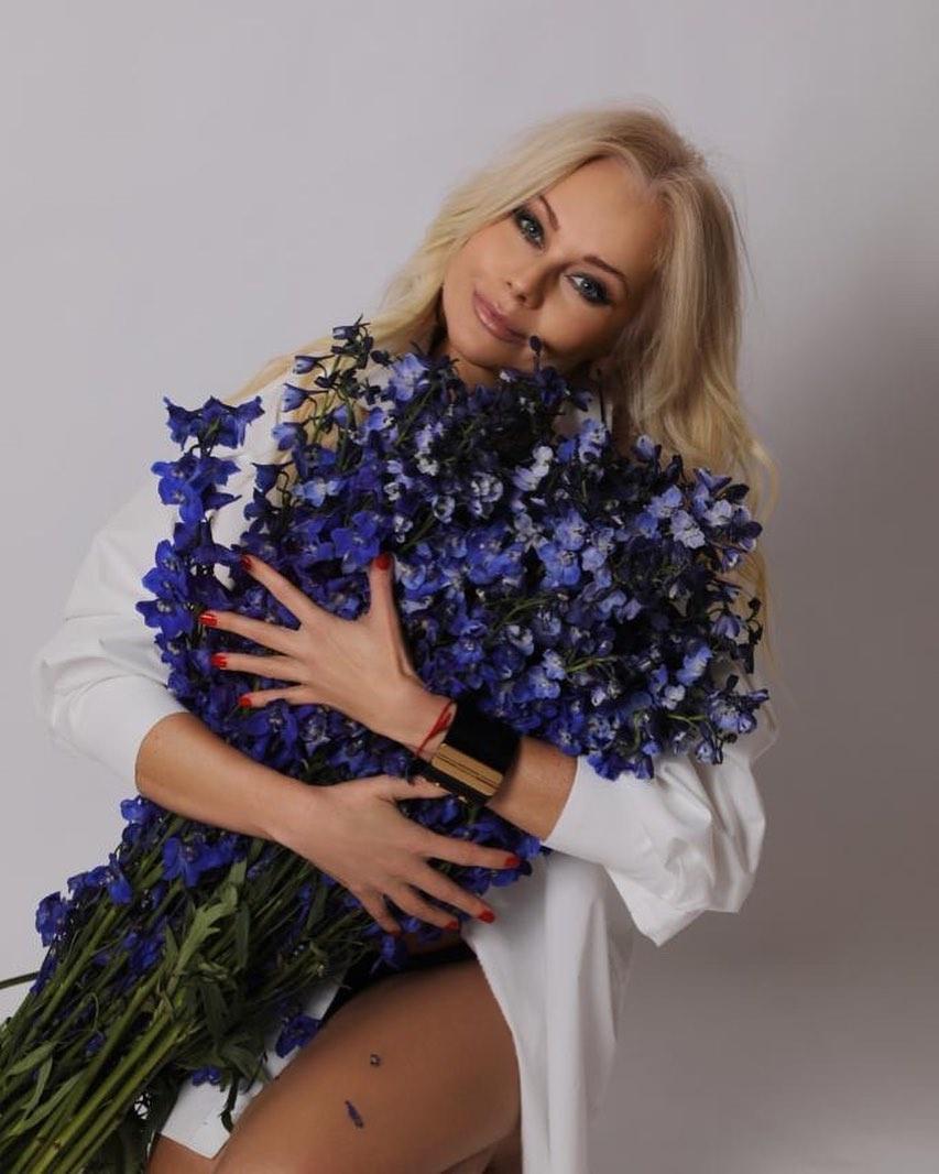 Елена Корикова пожаловалась на преследования