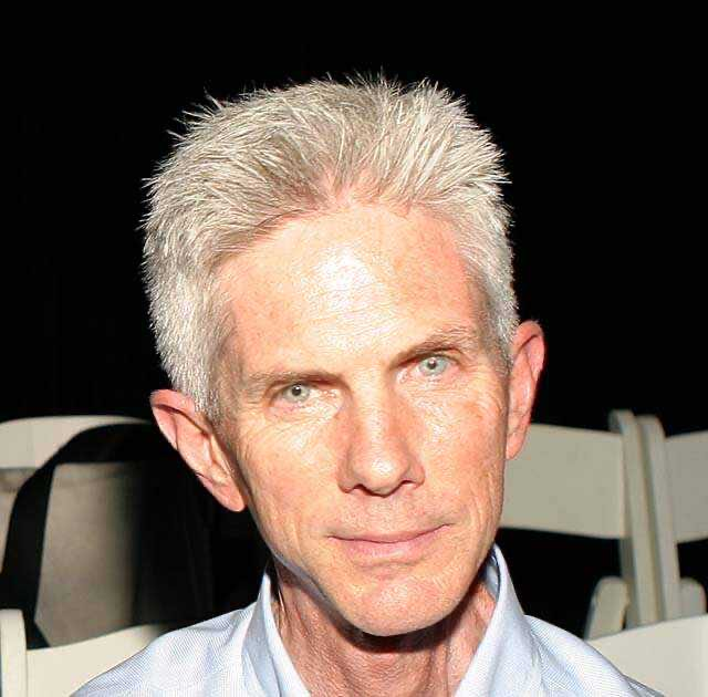 The husband of designer Tom Ford, 72-year-old Richard Buckley, dies