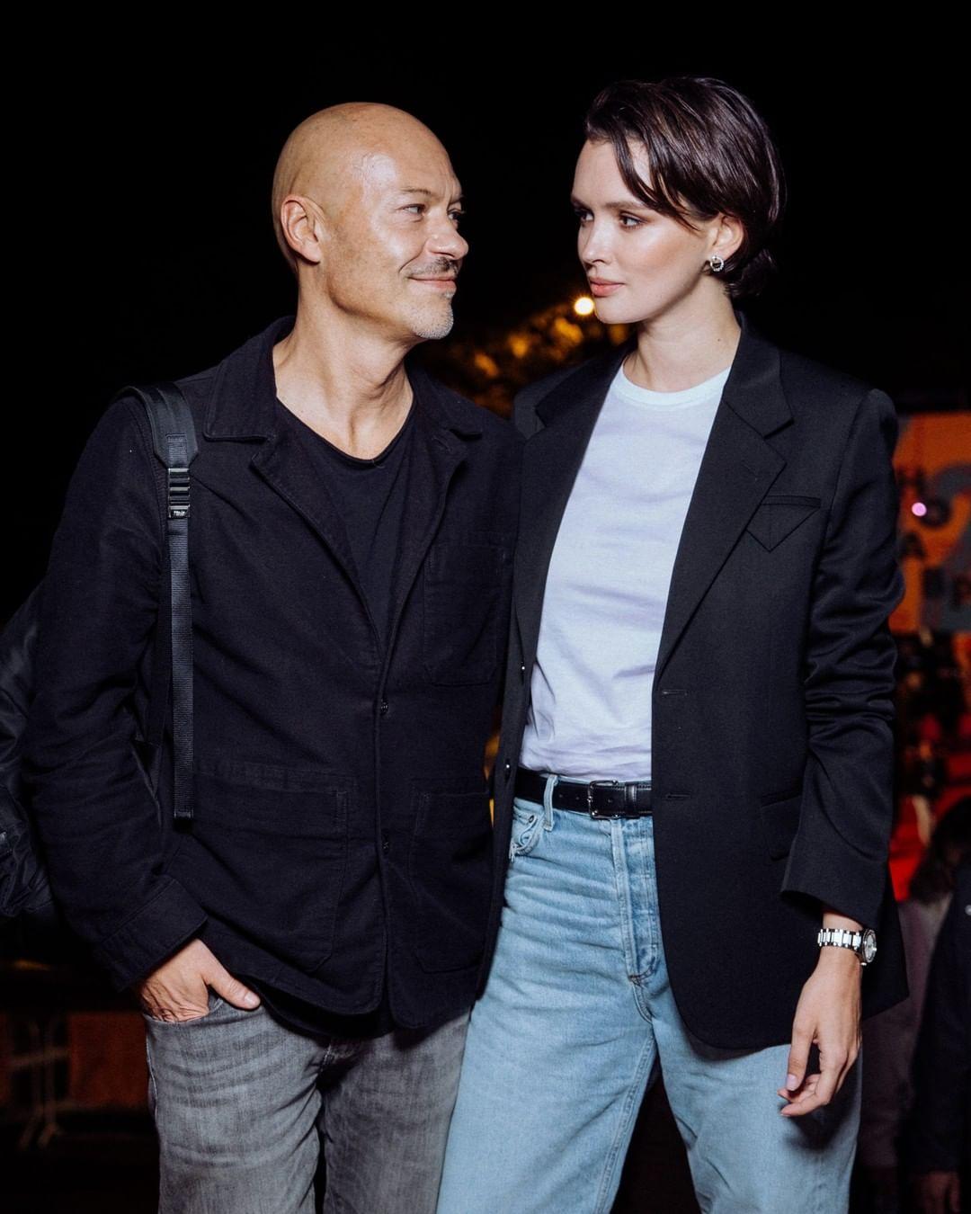 Паулина Андреева и Федор Бондарчук появились на премьере фильма в Сочи в стильных нарядах