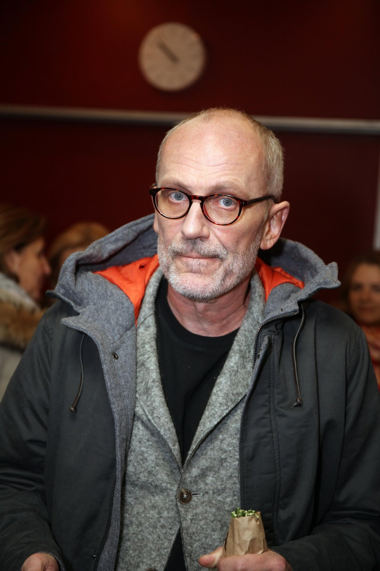 Александр Гордон решил извиниться за пьяный вид в эфире Первого канала