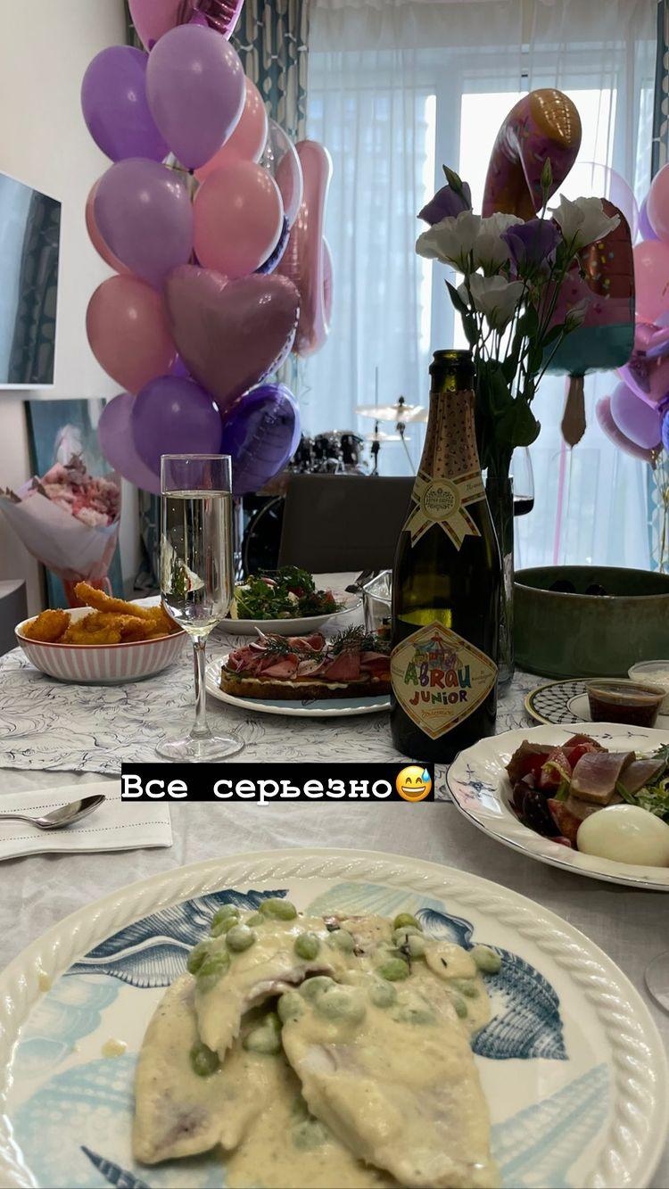 """""""Я не кайфовала от беременности"""": Виктория Дайнеко поздравила дочку с 6-летием и показала фото в день родов"""