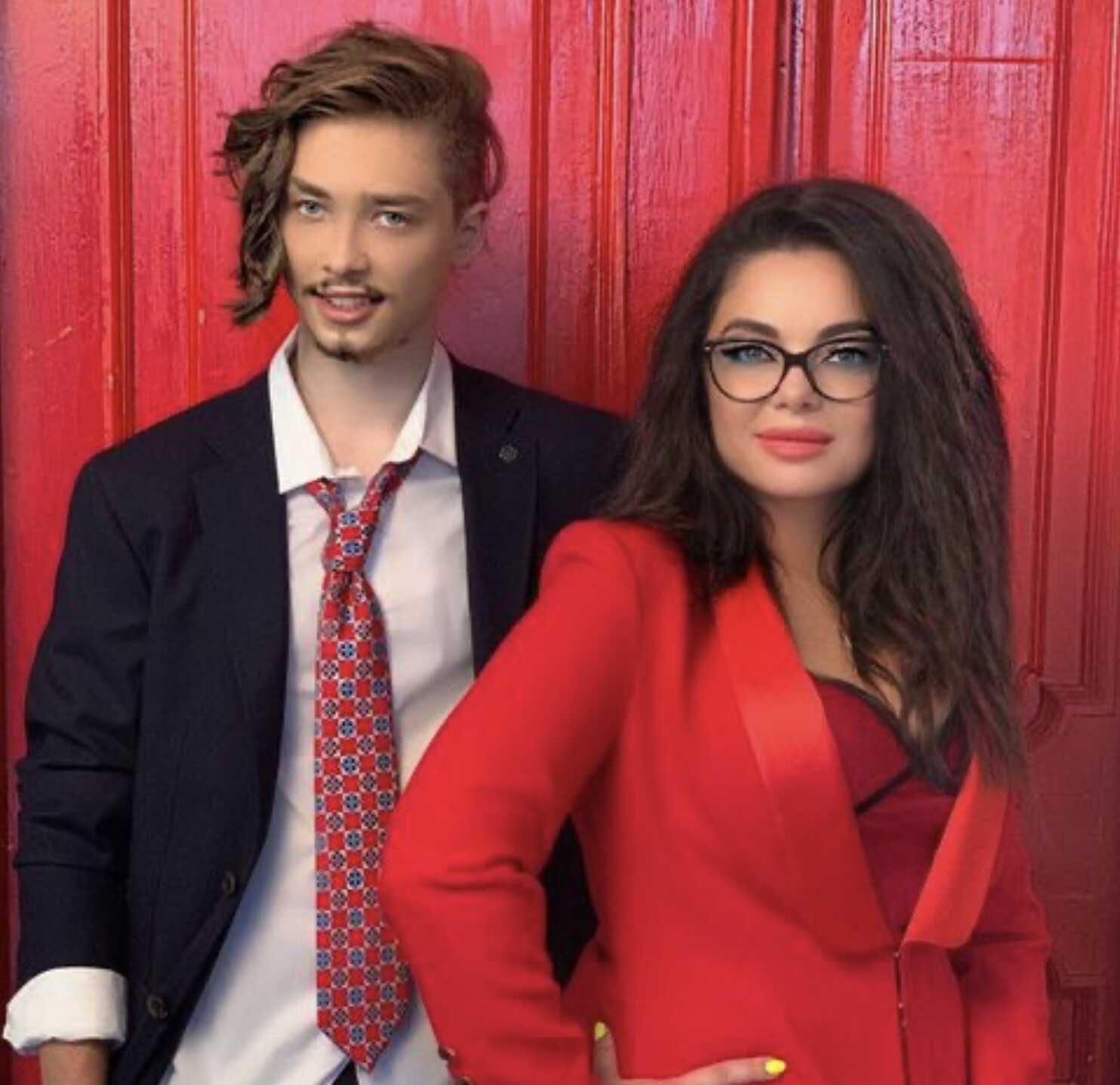 The girl of Natasha Koroleva's son, ex-stripper Melissa Fox, made the singer makeup for the cover of the magazine
