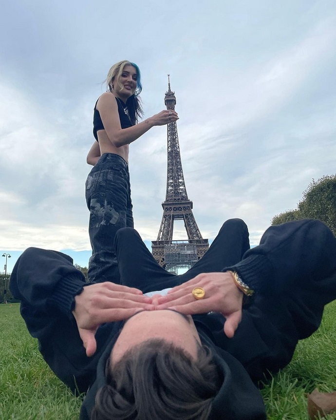 Dina Saeva tried to take Elj's brother's Eiffel Tower into her mouth