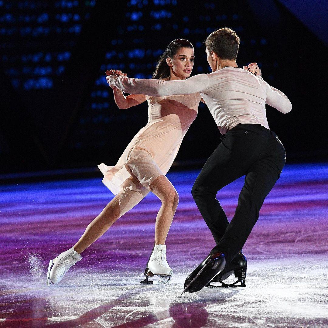 "Tatyana Tarasova walked around Ksenia Borodina after performing on the ""Ice Age"" show"