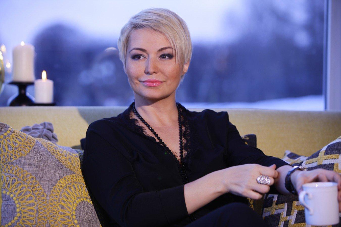 Борис Корчевников удивился рассуждениям Кати Лель об инопланетянах