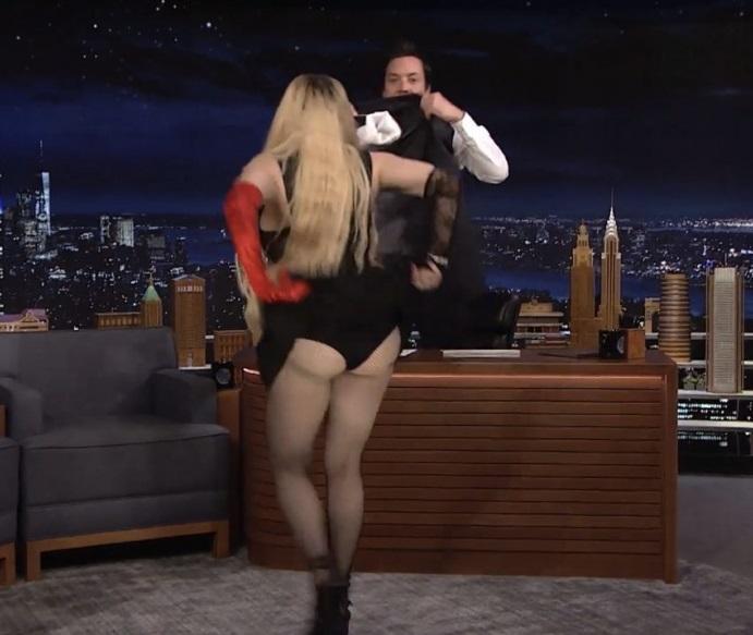 Madonna showed America her fat ass