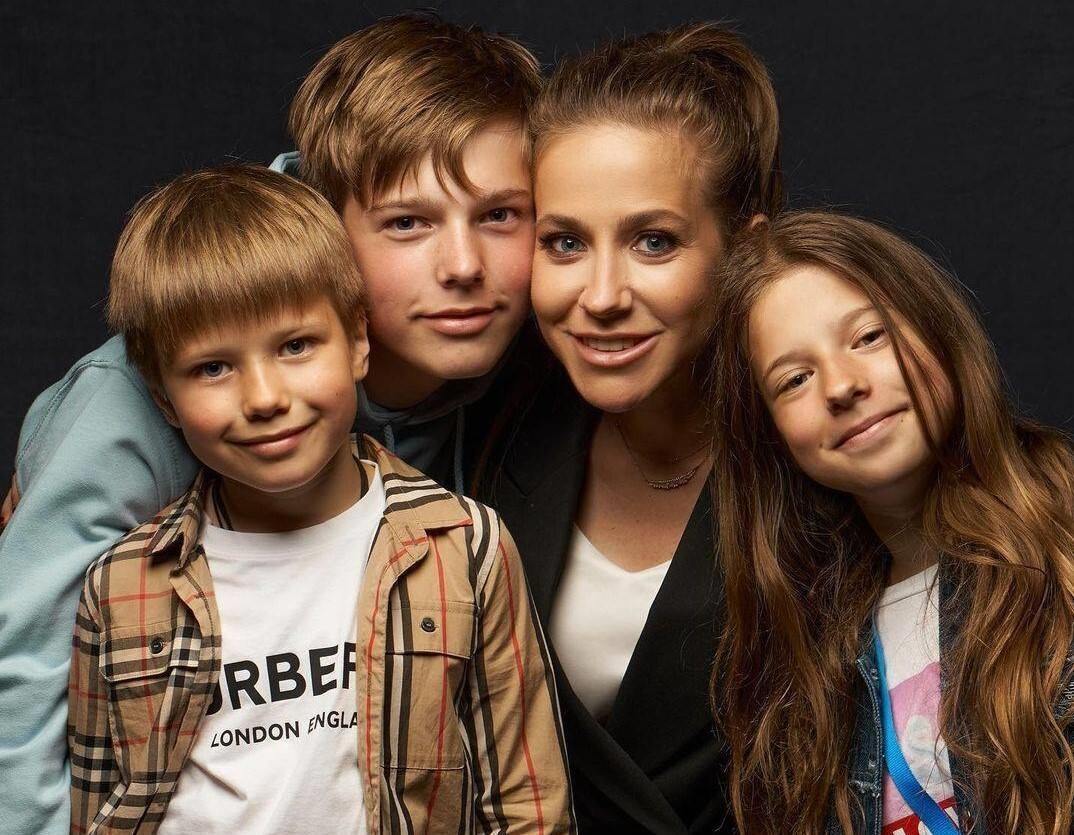 Юлия Барановская пожаловалась на отсутствие нормальных женихов
