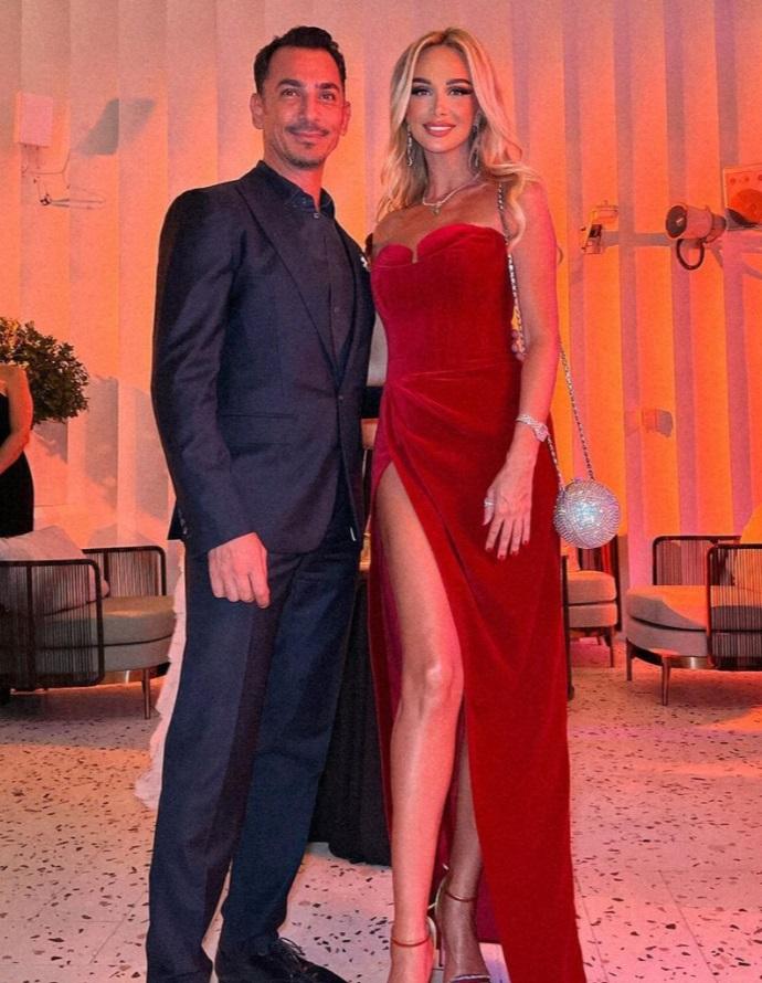 Виктория Лопырёва на мероприятии в Дубаи заинтересовалась бородатыми мужчинами, похожими на Игоря Булатова