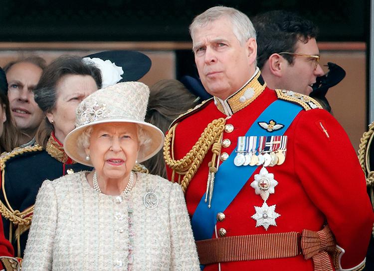 Полиция закрыла дело против принц Эндрю