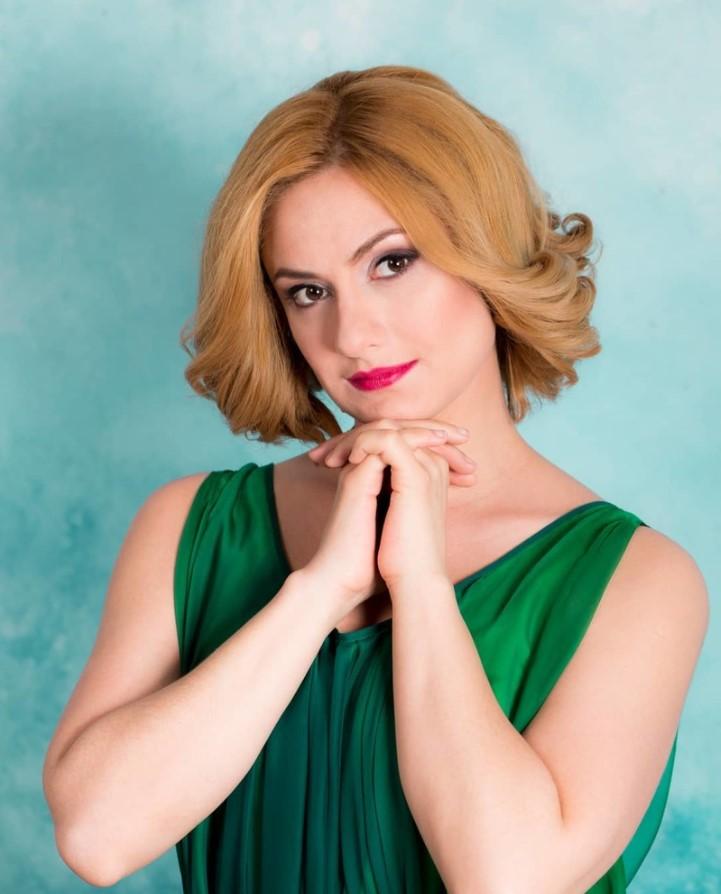 Карина Мишулина рассказала, что спасалась алкоголем, когда узнала о брате