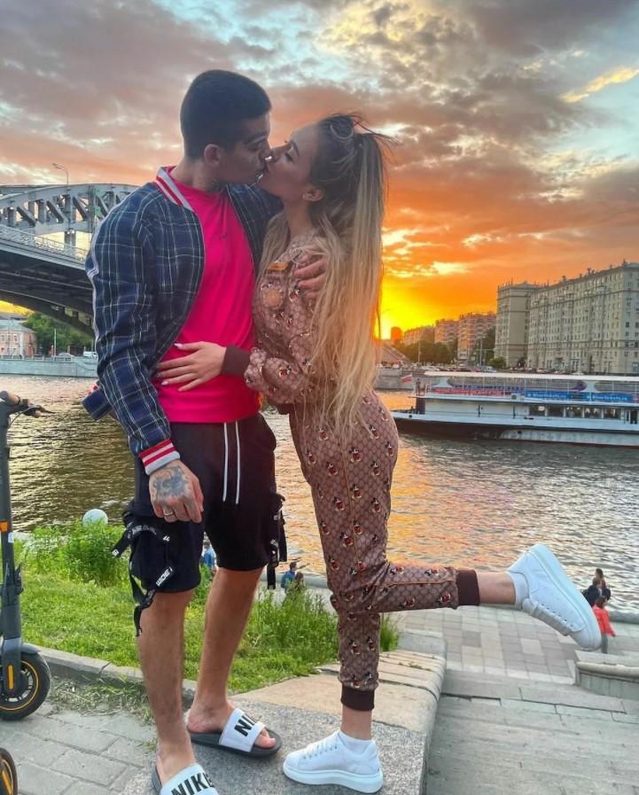 Алена Рапунцель снова бросила Илью Семина и пожалела, что вышла за него замуж